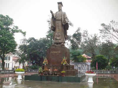 Đề xuất dựng tượng đài 2 vị vua Lý và thiền sư Vạn Hạnh