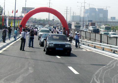TP.HCM: Thông xe hai công trình giao thông trọng điểm