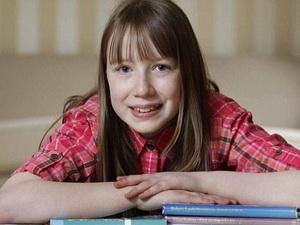 Lộ diện cô bé có chỉ số IQ cao hơn cả Bill Gates
