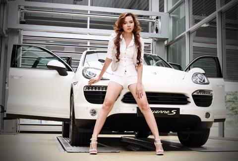 Porsche Cayenne 2012 có giá gần 3,2 tỷ đồng