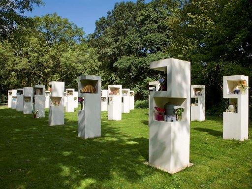 """Quy hoạch đô thị  """"quên"""" nghĩa trang"""