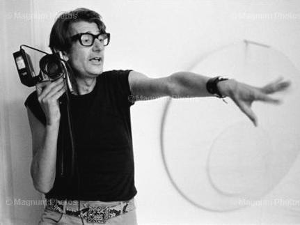 Pháp lần đầu triển lãm ảnh Helmut Newton