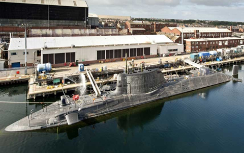 Hải quân Anh khoe tàu ngầm tỷ USD