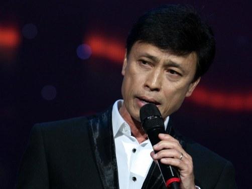 """Ca sĩ Tuấn Ngọc: """"Tôi mang nợ nhạc sĩ Trịnh Công Sơn"""""""