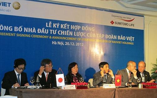 Sumitomo Life mua lại 18% cổ phần Bảo Việt từ HSBC giá 340