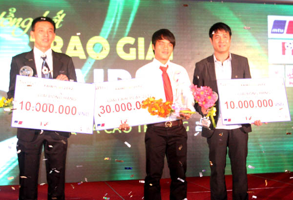 Tố giác mua bán độ, Võ Nhật Tân nhận giải thưởng Fair-Play 2012