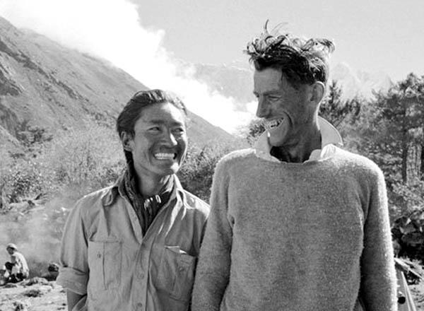 60 năm chinh phục Everest: Cuộc chiến của những người đưa tin