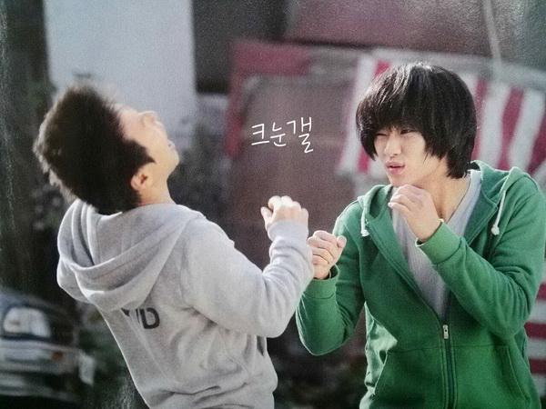 Kim Soo Hyun: 'Vị cứu tinh mới' của làn sóng Hàn Quốc