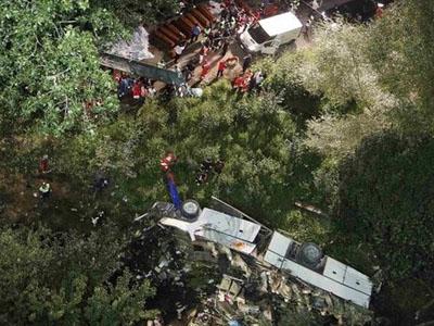 Tai nạn xe khách ở Italia, ít nhất 37 người thiệt mạng