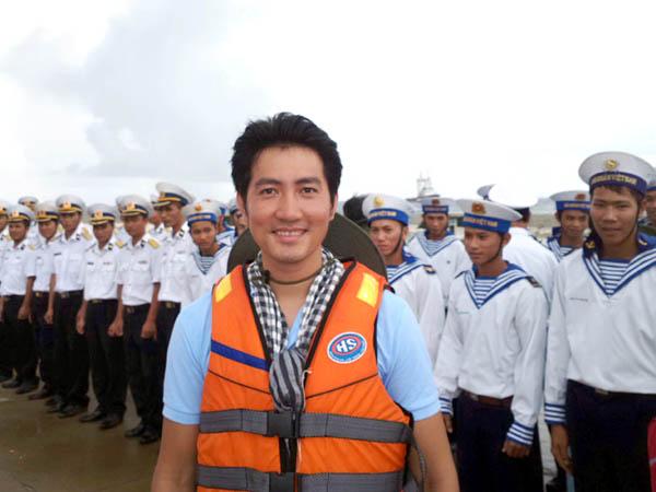 Ca sĩ Nguyễn Phi Hùng: Muốn Trường Sa gần hơn trong mắt mọi người
