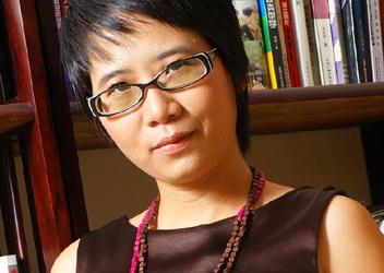 Dịch giả Nguyễn Lệ Chi và tủ sách về Hà Nội