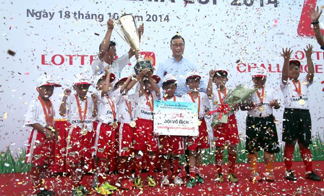 Lotteria Challenge Cup: Chắp cánh giấc mơ bóng đá cho thiếu nhi Việt Nam