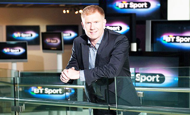 Sau Sir Alex. Roy Keane quay sang tố Scholes 'làm truyền thông chỉ vì tiền'