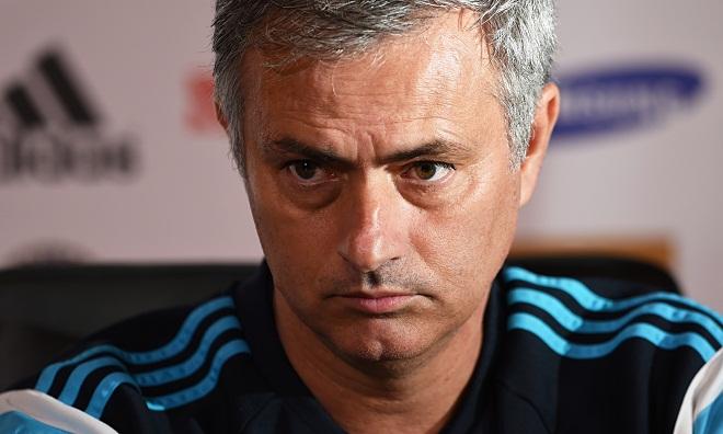 CẬP NHẬT tin tối 1/11: Strootman muốn tới Man United. Mourinho có thể làm việc đến năm... 71 tuổi