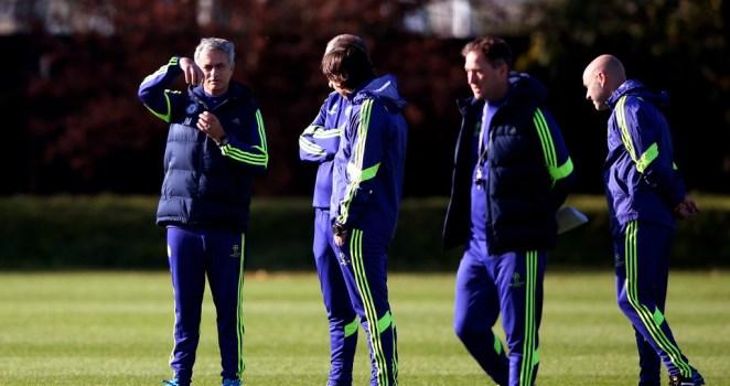 Mourinho đáp trả Suarez: 'Tôi sẽ không viết sách để nói những điều vớ vẩn'