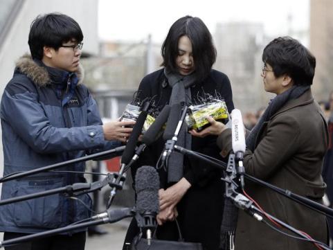 Con gái đại gia hàng không Hàn Quốc xin lỗi vì làm càn