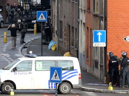 Các phần tử vũ trang bắt giữ con tin tại Bỉ ra hàng