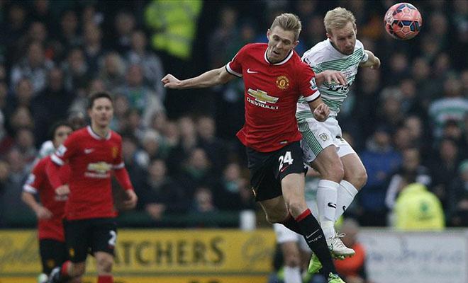 Rafael, Luke Shaw chấn thương, Man United hết sạch hậu vệ cánh