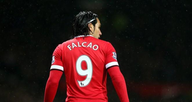 CHUYỂN NHƯỢNG ngày 14/1: Đại diện Falcao gây áp lực lên Man United. Arsenal tiễn cầu thủ thứ 2