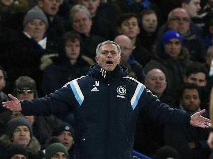 Chuyên gia tâm lý chiến Jose Mourinho lại thể hiện tài năng
