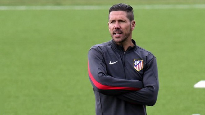 Atletico Madrid cân nhắc kiện PSG ra FIFA vì tiếp xúc với Diego Simeone trái luật
