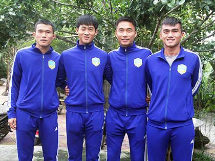 Hà Minh Tuấn muốn sút tung lưới SHB Đà Nẵng