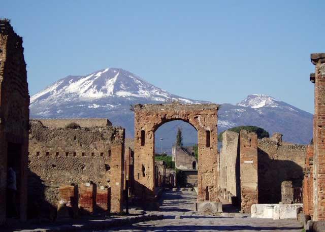 Khu di tích Pompeii Italy bị hủy hoại bởi thời tiết và tội phạm
