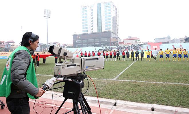 Ông Vũ Quang Huy, Trưởng Ban Thể thao VTC: 'Không thể trận nào trực tiếp cũng có hình ảnh tốt'