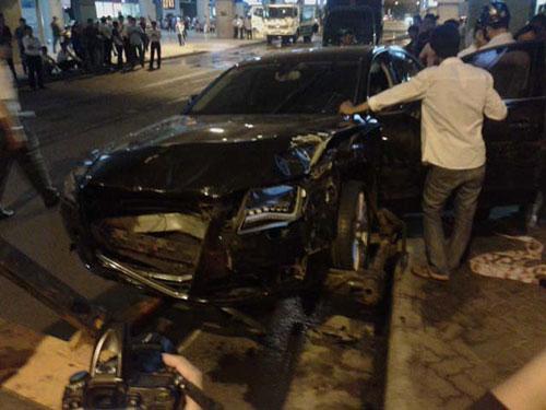 Tai nạn ô tô nghiêm trọng, 11 người bị thương