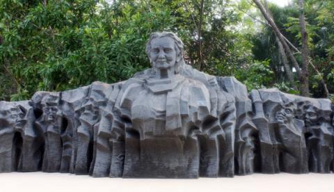 Những hiện vật gì sẽ được trưng bày trong lòng Tượng đài Mẹ Việt Nam anh hùng