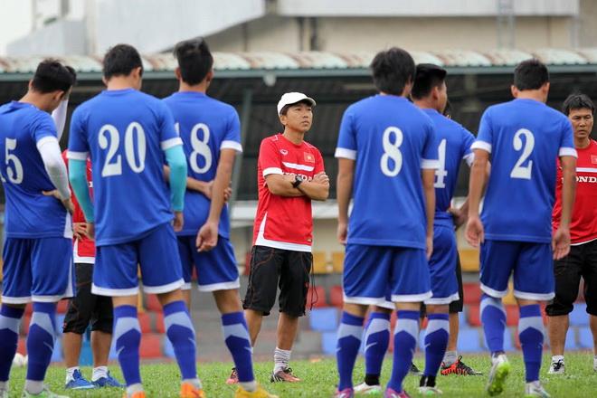 HLV Miura giảm khối lượng tập luyện