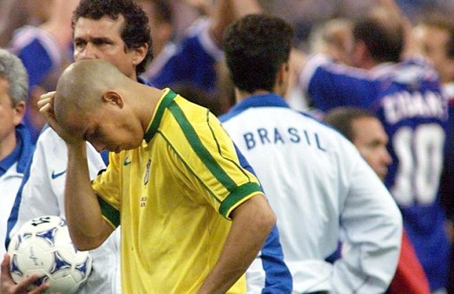 Tranh cãi bất tận về vụ Ronaldo 'động kinh' tại Chung kết World Cup 1998