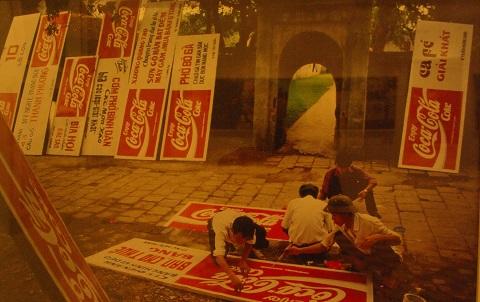 Câu chuyện về Việt Nam thập niên 90 của Catherine Karnow