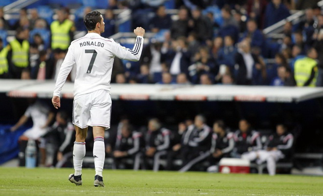 Ronaldo kiếm điểm nhiều hơn Messi ở Liga