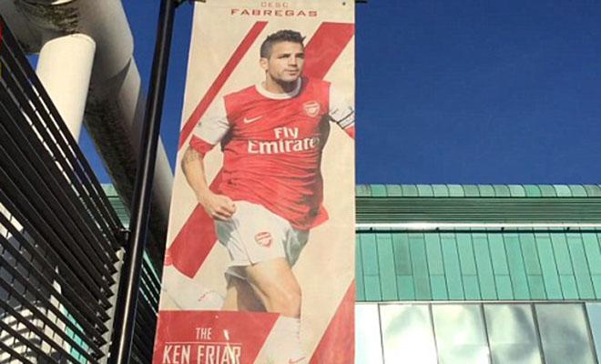 Arsene Wenger yêu cầu CĐV Arsenal tôn trọng Fabregas