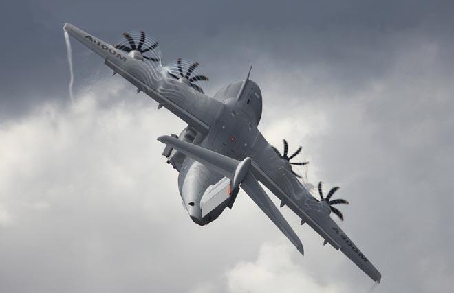 Rơi máy bay quân sự Airbus A400M, ít nhất 8 người thiệt mạng