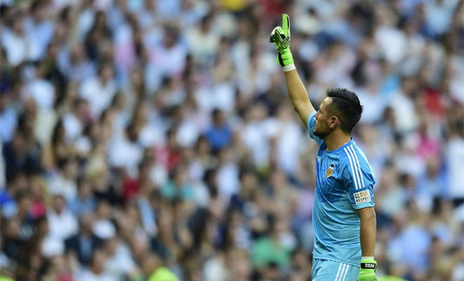 Khuất phục Ronaldo trên chấm 11 mét, Diego Alves đi vào lịch sử Liga