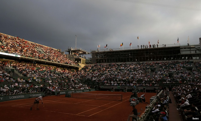 Trận Djokovic-Murray bị hoãn vì Roland Garros lên lịch đấu quá ấu trĩ