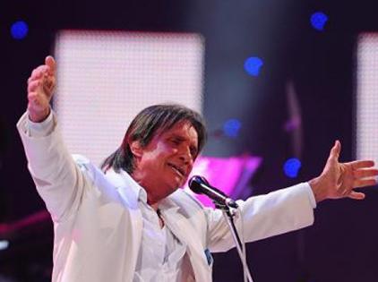 """""""Vua dòng nhạc Latin"""" được tôn vinh tại lễ trao giải Grammy Latin"""