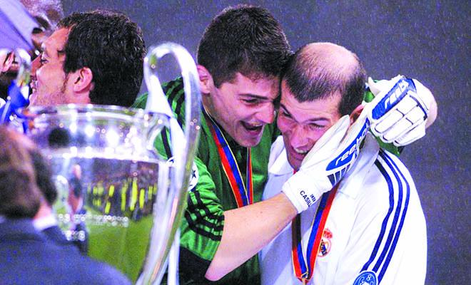 Iker Casillas: Trái tim của 'Galacticos' vẫn phải ra đường!