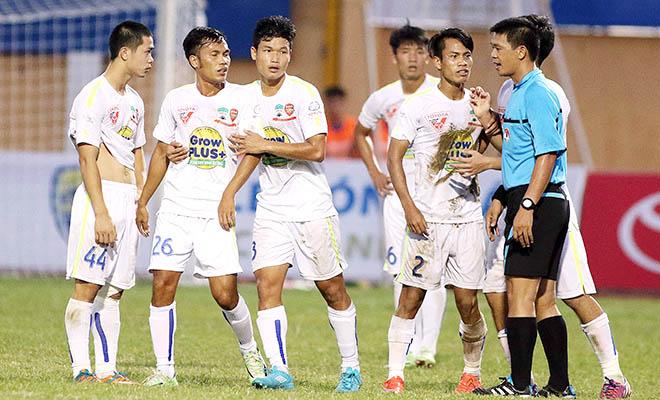 Tranh cãi bàn thắng của Đình Tùng trên sân Thanh Hóa: HAGL đã thua!