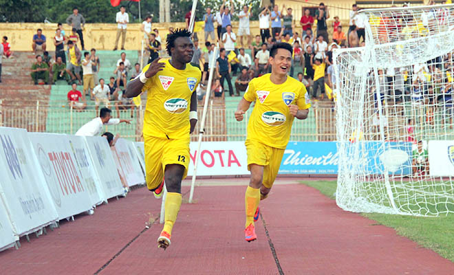 BXH vòng 19 V-League: Thanh Hóa bám sát Bình Dương