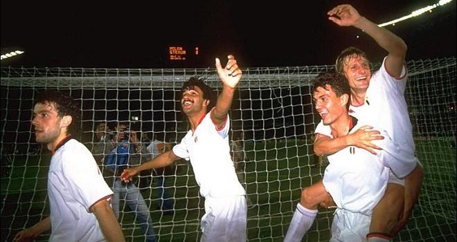 Người đã tạo ra Calcio (kỳ cuối): Nước Ý không chỉ biết phòng ngự