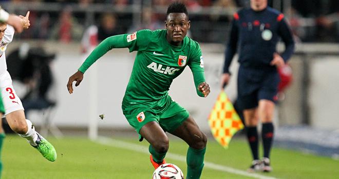 CHUYỂN NHƯỢNG ngày 16/8: Chelsea sắp có Rahman. Man City muốn đổi Mangala lấy Otamendi