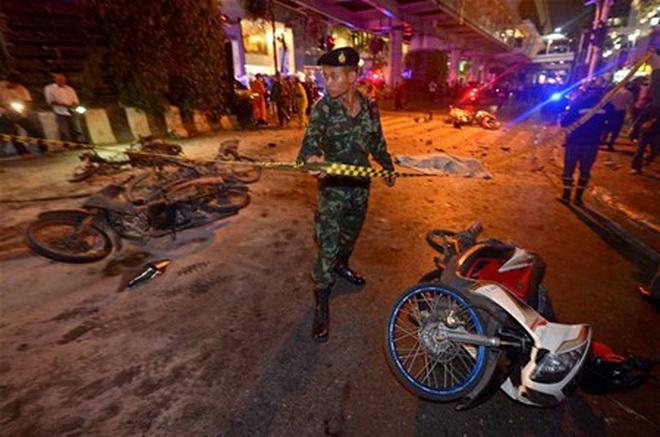 CẬP NHẬT vụ nổ bom giữa Bangkok: Đã có 27 người chết, gần 100 người bị thương, phần lớn là người Trung Quốc