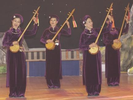 Xây dựng hồ sơ đề nghị UNESCO công nhận 'Then Tày, Nùng, Thái' là di sản văn hóa