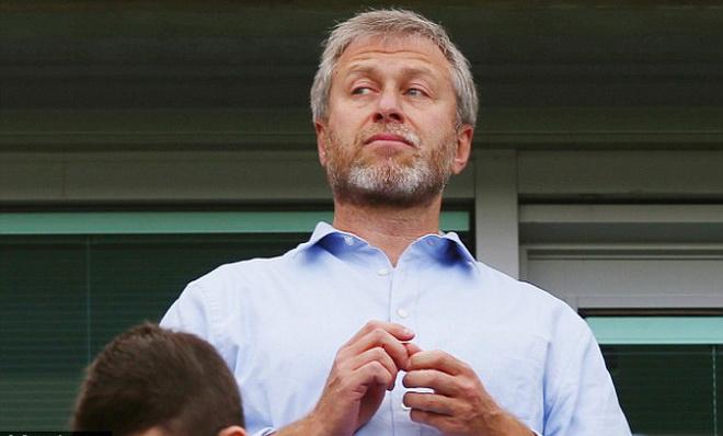 Chelsea, chuyên gia 'cướp tay trên' ngôi sao ở Premier League