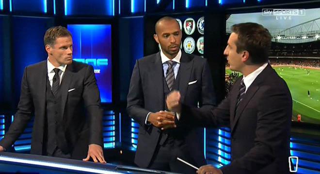 Wenger chỉ trích Neville: 'Đưa ra dẫn chứng đã rồi hãy chỉ trích Arsenal của tôi'