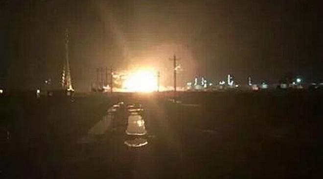 Nổ lớn lúc nửa đêm ở Trung Quốc, nghi lại nổ nhà máy hóa chất