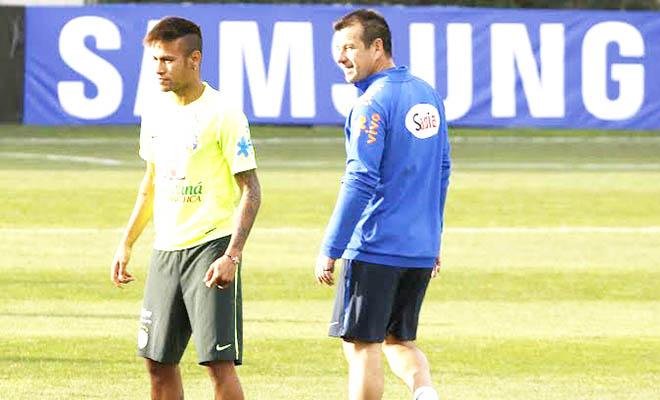 Một năm đầy rắc rối của Neymar. Vắng anh giờ là điều may mắn
